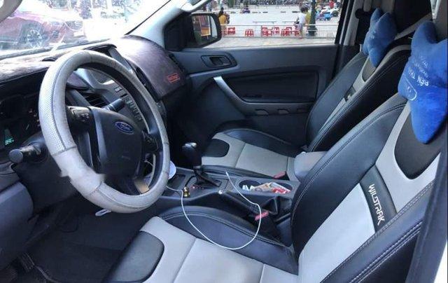 Cần bán lại xe Ford Ranger sản xuất năm 2017, màu trắng, xe nhập như mới2