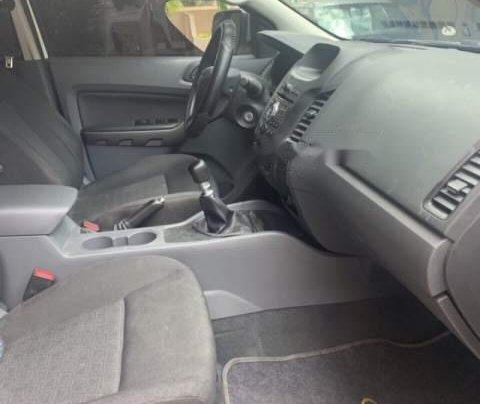 Cần bán Ford Ranger XLS đời 2016, màu trắng, 510tr5