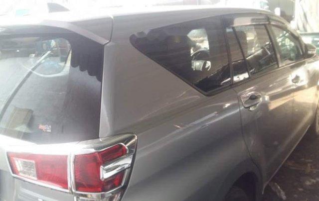 Bán Toyota Innova năm sản xuất 2017 chính chủ2