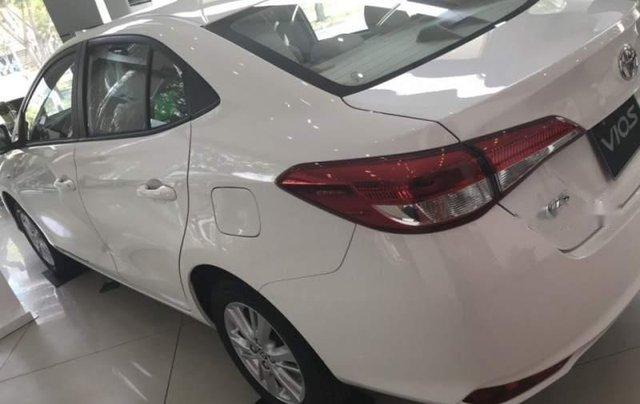 Bán xe Toyota Vios sản xuất năm 2019, màu trắng3