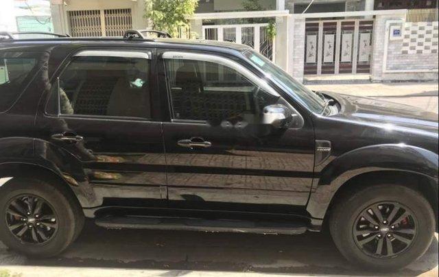 Cần bán Ford Escape sản xuất 2010, màu đen như mới0
