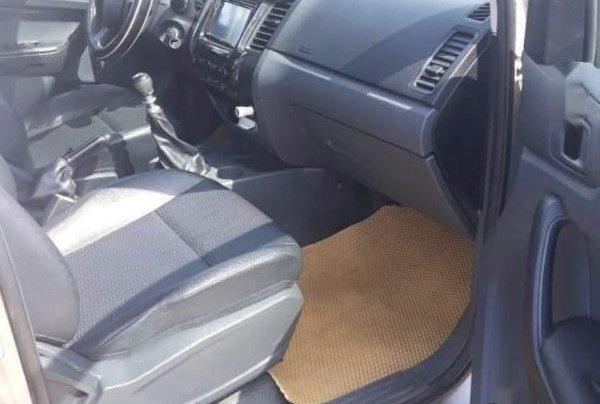 Bán xe Ford Ranger sản xuất năm 2014, nhập khẩu còn mới2
