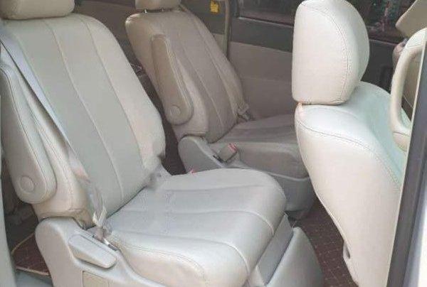 Cần bán Toyota Previa sản xuất năm 2008, nhập khẩu giá cạnh tranh4