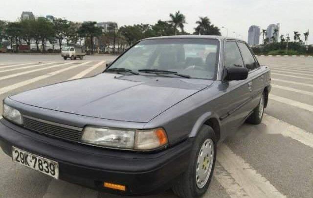 Bán gấp Toyota Camry đời 1990, màu xám, nhập khẩu 0