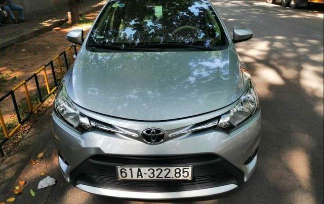 Cần bán gấp Toyota Vios đời 2016, màu bạc0