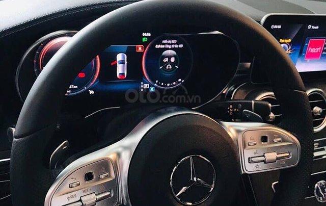 Bán Mercedes C300 AMG 2019, màu đỏ, khuyến mãi hấp dẫn, vay trả góp 80%, LS 0.77%/tháng cố định 36 tháng6