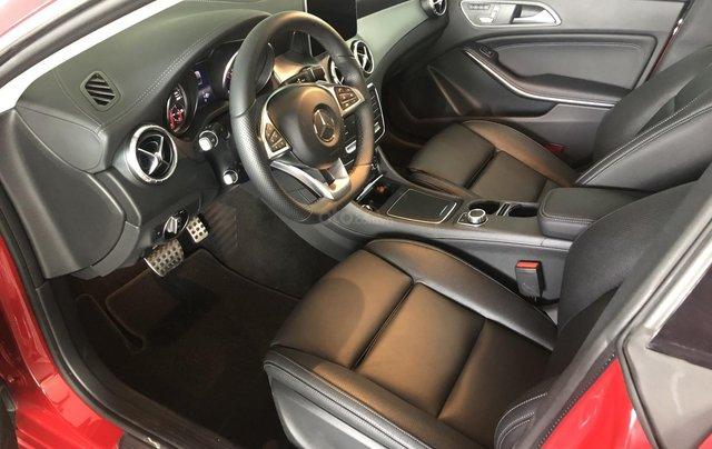 Bán xe Mercedes CLA 250 mới, màu đỏ, xe nhập khẩu, vay trả góp 80% giá trị xe, lãi 0.77%/tháng cố định 36 tháng5