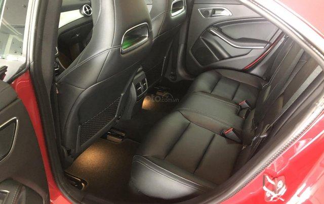 Bán xe Mercedes CLA 250 mới, màu đỏ, xe nhập khẩu, vay trả góp 80% giá trị xe, lãi 0.77%/tháng cố định 36 tháng7