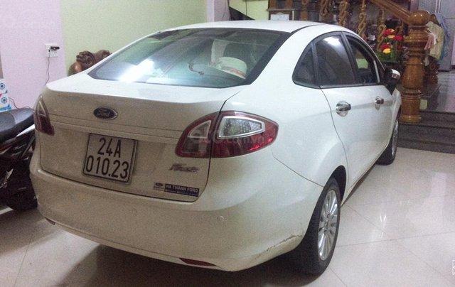 Cần bán Ford Fiesta 1.6AT sedan đời 2012, xe lướt0