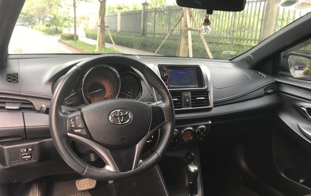 Bán xe Toyota Yaris 1.3G đời 2015, xe nhập6