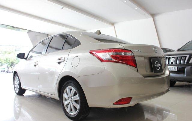 Bán ô tô Toyota Vios LX đời 2017, màu vàng cát, giá tốt0