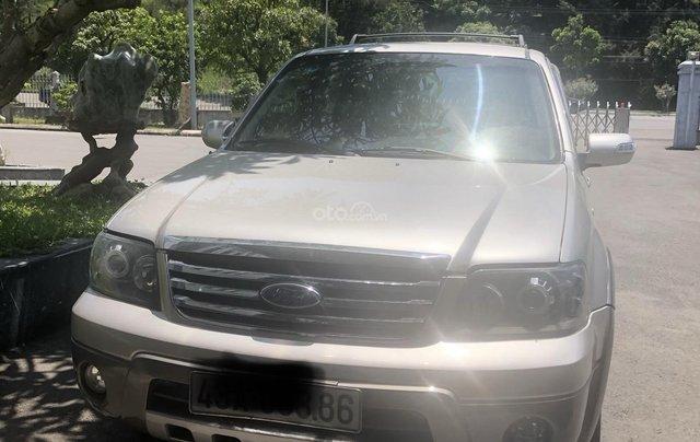 Bán ô tô Ford Escape năm sản xuất 2008, màu bạc0