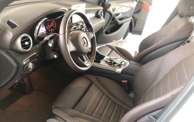 Xe nhập khẩu - giá xe Mercedes GLC 300 Coupe 4Matic, thông số kỹ thuật, giá lăn bánh, khuyến mãi 11/20197