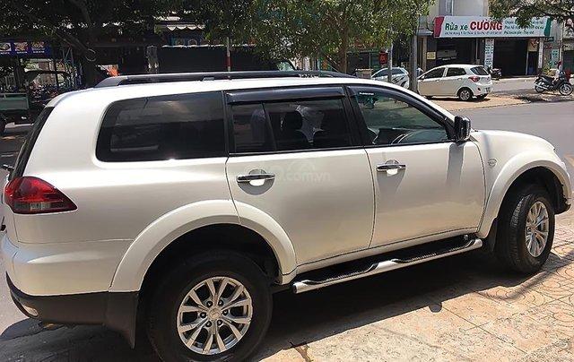 Cần bán xe Mitsubishi Pajero đời 2016, màu trắng xe gia đình0