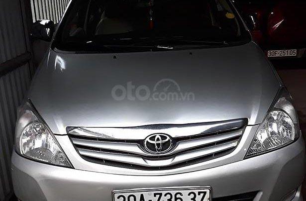 Bán Toyota Innova 2.0MT đời 2010, màu bạc, giá chỉ 280 triệu0
