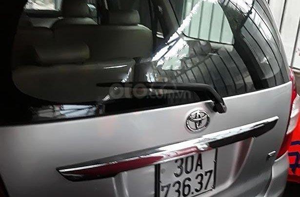 Bán Toyota Innova 2.0MT đời 2010, màu bạc, giá chỉ 280 triệu1