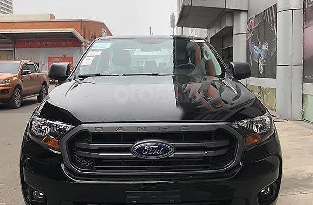 Bán xe Ford Ranger XLS 2.2L 4x2 AT 2019, màu đen, nhập khẩu1