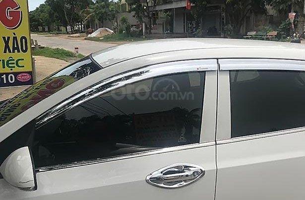 Bán xe Hyundai Grand i10 năm sản xuất 2014, màu trắng, nhập khẩu1