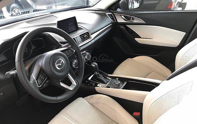 Bán xe Mazda 3 1.5 AT năm sản xuất 2019 giá cạnh tranh4