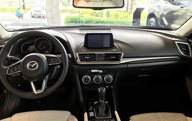 Bán xe Mazda 3 1.5 AT năm sản xuất 2019 giá cạnh tranh2