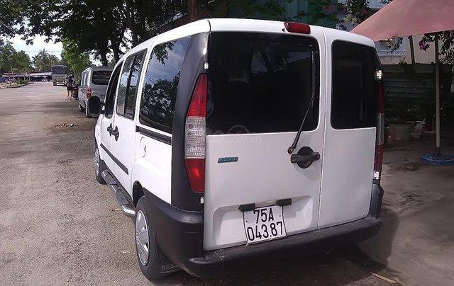 Cần bán Fiat Doblo 1.6 đời 2004, màu trắng0