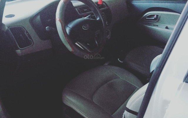 Bán Kia Rio sản xuất 2015, màu bạc, nhập khẩu nguyên chiếc1