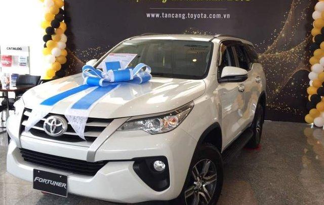 Bán Toyota Fortuner đời 2019, màu trắng, nhập khẩu 1