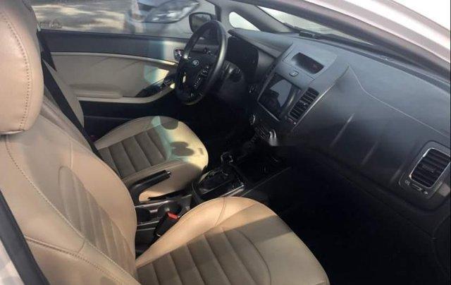 Cần bán lại xe Kia Cerato đời 2017, màu trắng, nhập khẩu nguyên chiếc đẹp như mới3