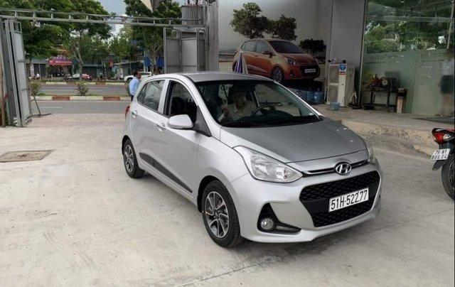 Bán Hyundai Grand i10 2019, màu bạc, xe mới 100%1