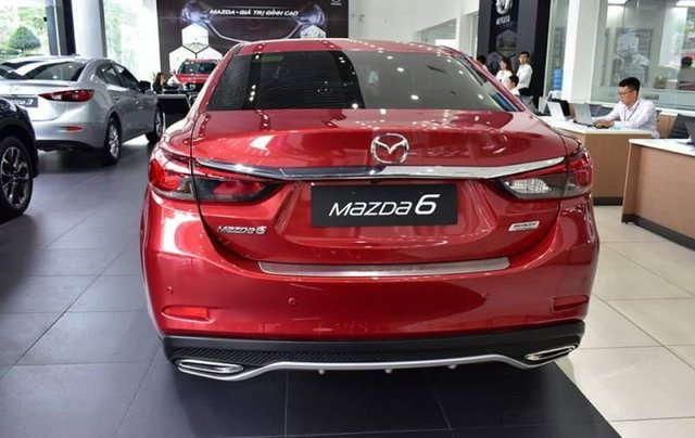Bán xe Mazda 6 đời 2019, màu đỏ4