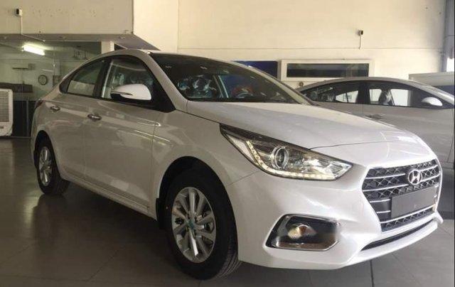 Bán Hyundai Accent 2019, màu trắng, nhập khẩu  0