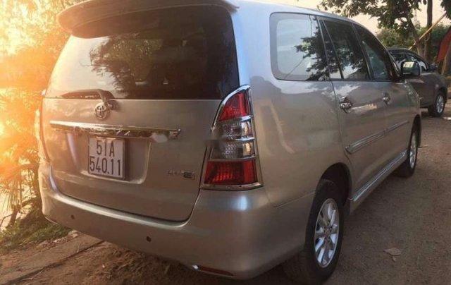 Bán Toyota Innova đời 2013, màu bạc, giá chỉ 475 triệu2