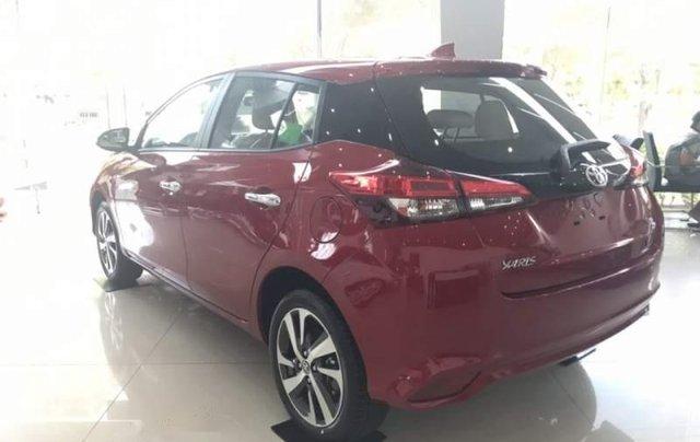 Bán Toyota Yaris sản xuất 2019, màu đỏ, nhập khẩu  4