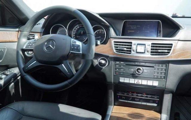 Cần bán xe Mercedes E200 sản xuất năm 20155