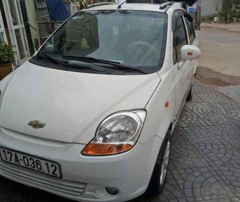 Cần bán Chevrolet Spark 2010, màu trắng, nhập khẩu nguyên chiếc4