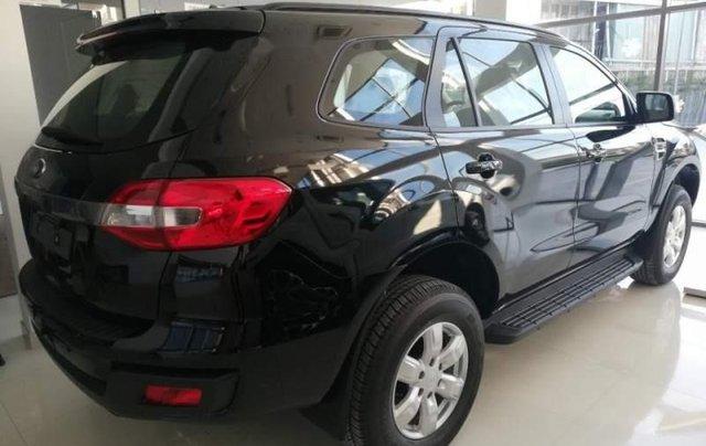 Bán xe Ford Everest 2.0 Ambient MT 4x2 đời 2019, màu đen, nhập khẩu nguyên chiếc0