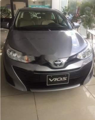 Cần bán xe Toyota Vios sản xuất 2019, màu xám