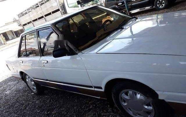 Bán Nissan Bluebird đời 1982, màu trắng0