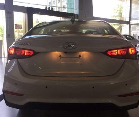 Bán Hyundai Accent 2019, màu trắng, nhập khẩu  1