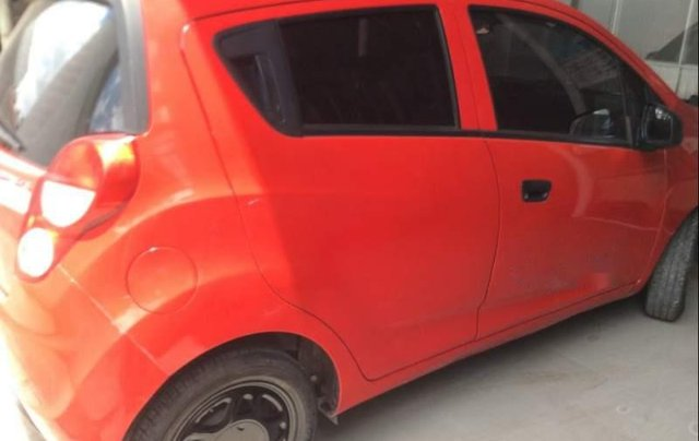 Cần bán gấp Chevrolet Spark đời 2016, màu đỏ xe gia đình4