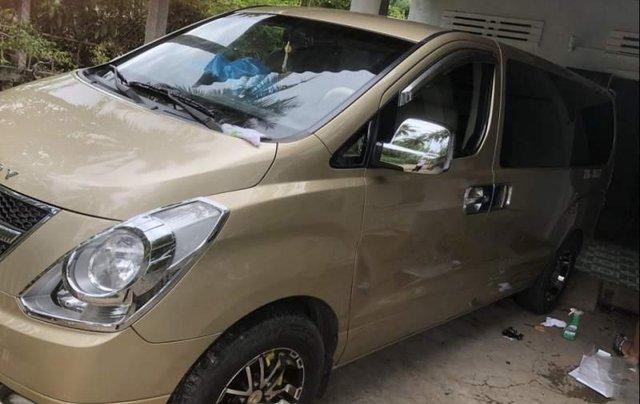 Cần bán lại xe Hyundai Grand Starex đời 2008, xe nhập2
