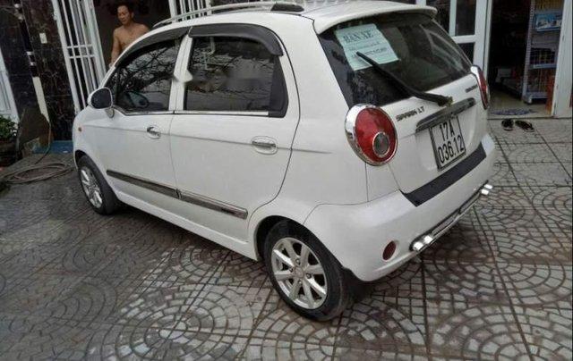 Cần bán Chevrolet Spark 2010, màu trắng, nhập khẩu nguyên chiếc0