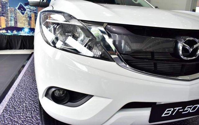 Bán xe Mazda BT 50 đời 2019, màu trắng, nhập khẩu  3