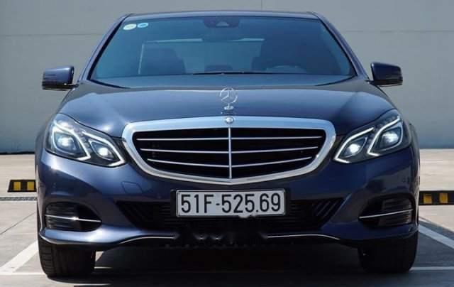 Cần bán xe Mercedes E200 sản xuất năm 20150