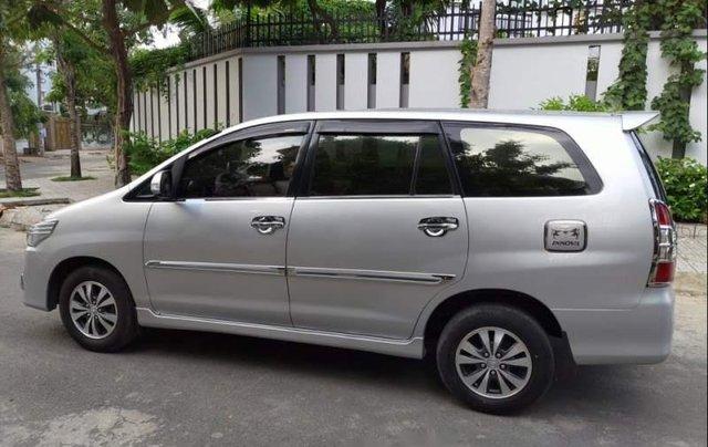 Cần bán xe cũ Toyota Innova E đời 2015, màu bạc1