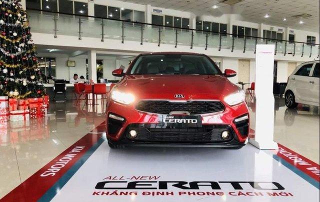 Bán xe Kia Cerato đời 2019, màu đỏ, nhập khẩu0
