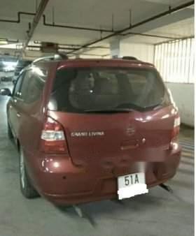 Cần bán gấp Nissan Grand Livina sản xuất năm 2010 còn mới3