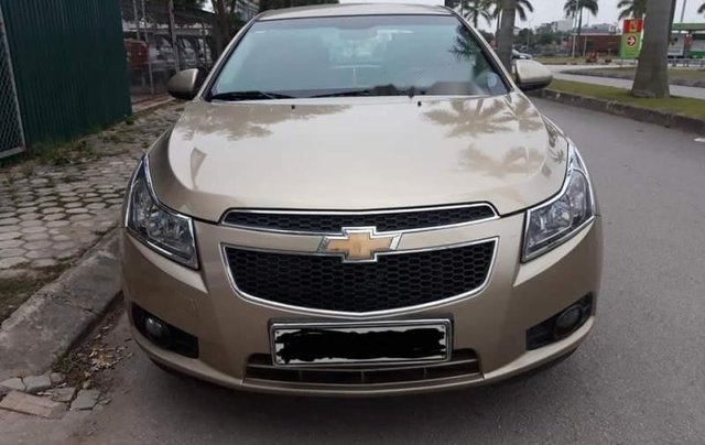 Bán Chevrolet Cruze năm 2011, màu vàng số sàn, 315 triệu0
