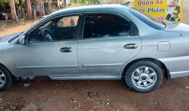 Bán xe Kia Spectra đời 2005, màu bạc, giá 113tr1