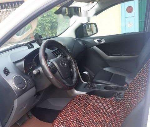 Chính chủ bán xe Mazda BT 50 năm 2016, màu trắng, xe nhập4
